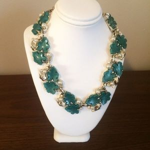 Vintage green and pearl necklace